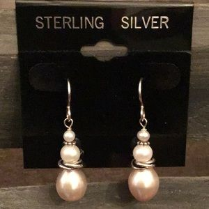 Jewelry - 🎉SALE🎉GORGEOUS Sterling Freshwater Pearls